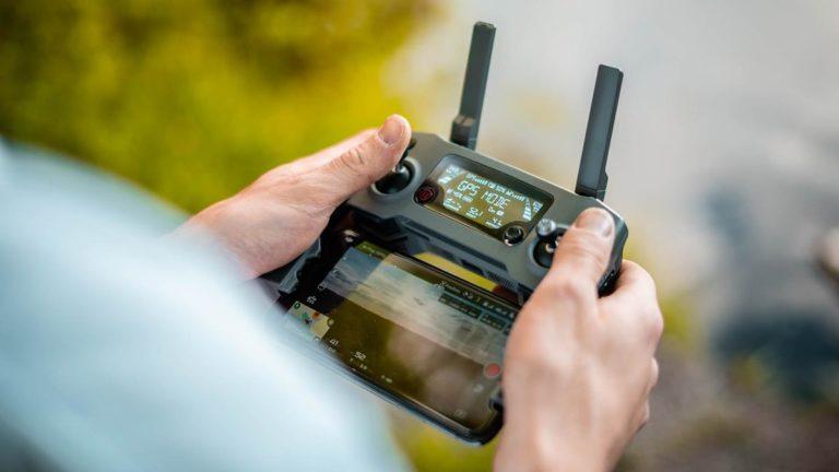 W jaki sposób wybrać baterie do zastosowania w dronach?